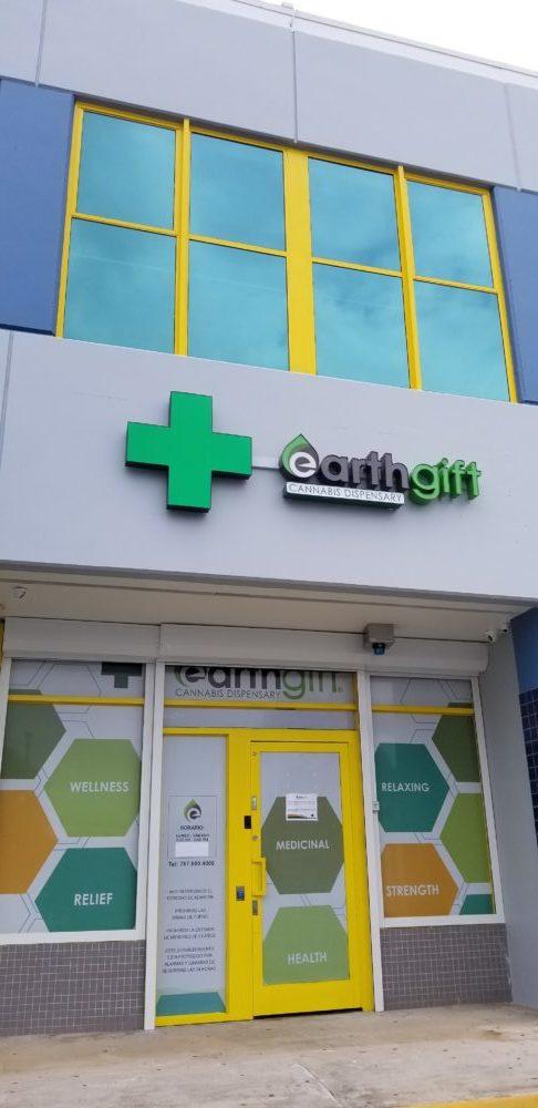 8 Cannabis Earth Gift